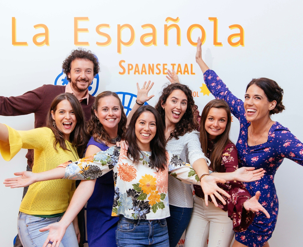 https://laespanolablog.files.wordpress.com/2014/12/amaya-gasull-patricia-maceda-garcia-leticia-pernas-oscar-brusca-isabel-bermejo-maria-jose-coello-adriana-lopez-saez-la-espanola-spaans-leren-rotterdam-spanish
